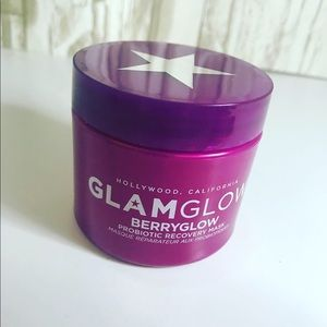 GlamGlow / BerryGlow Probiotic Recovery Face Mask